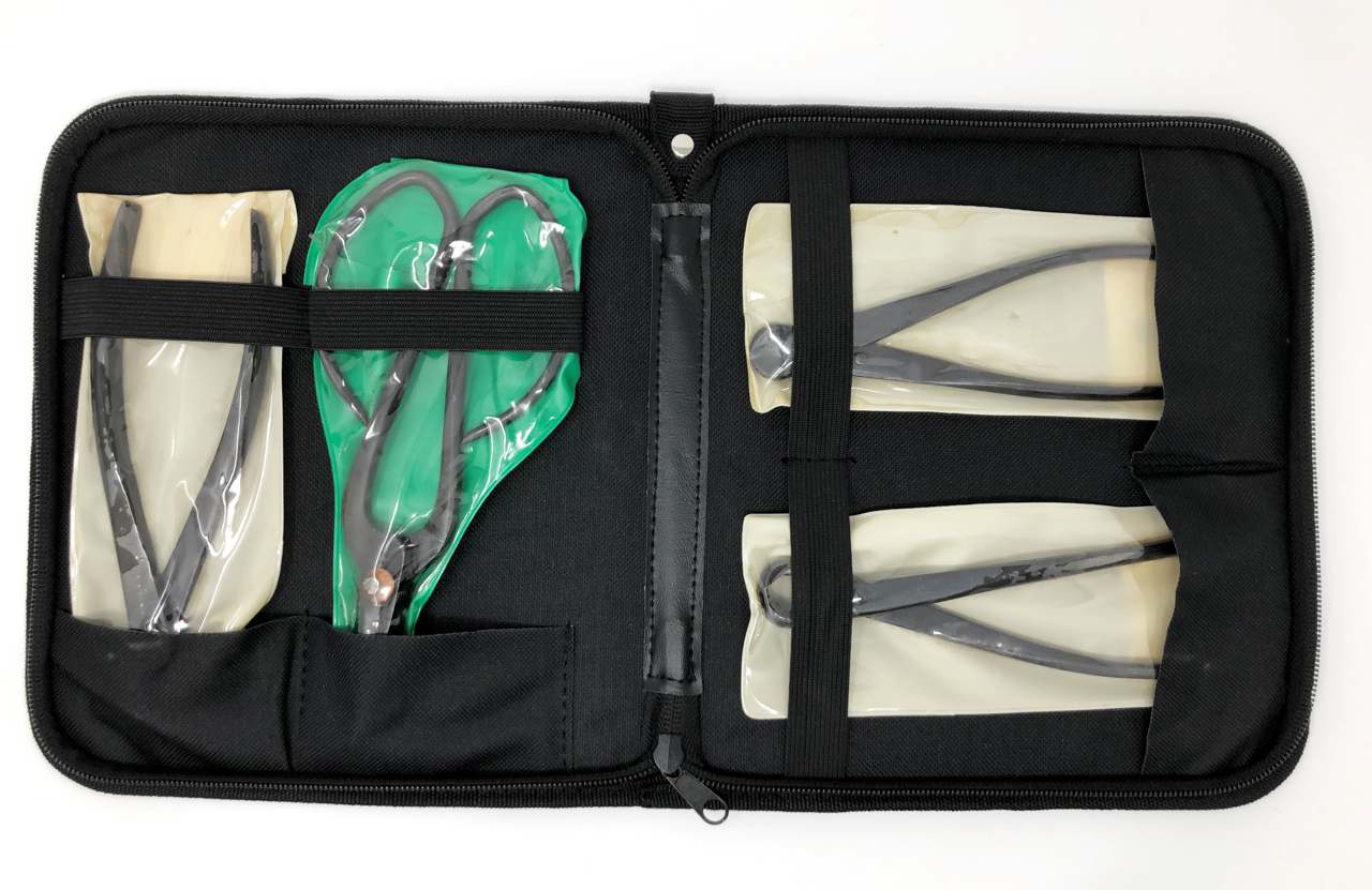 Picture of Bonsai 4-piece tool set Carbon Steel with leather case
