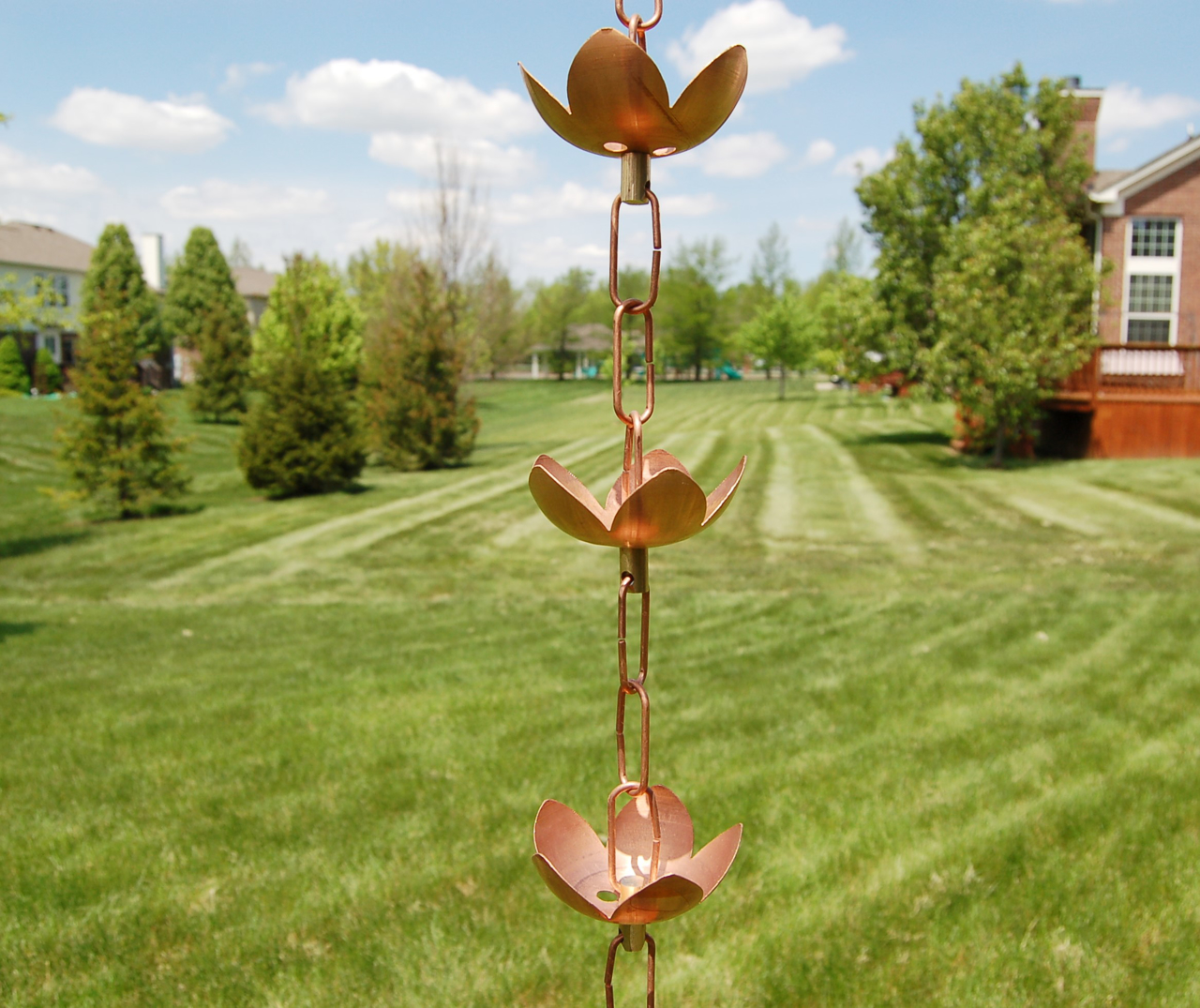 Picture of U-nitt #5226 Lily Cup Rain Chain: Lily 2